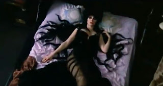 A still from the film Elvira, Mistress of the Dark