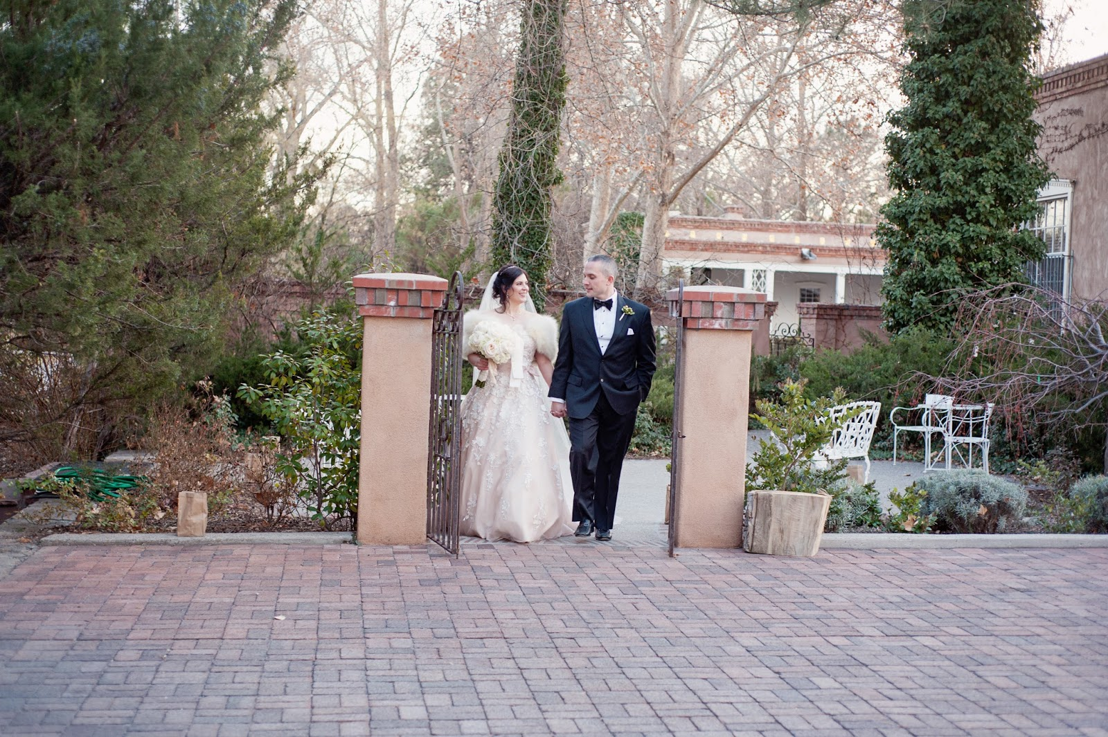 New Mexico wedding photographers, photographers in albuquerque, wedding photographers in albuquerque, weddings at los poblanos, Los Poblanos Historic Inn, Los Poblanos weddings, Winter weddings, christmas weddings, weddings in winter, wedding photography in winter