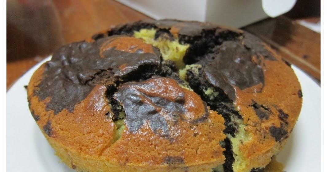 Baking Biatch Marble Cake