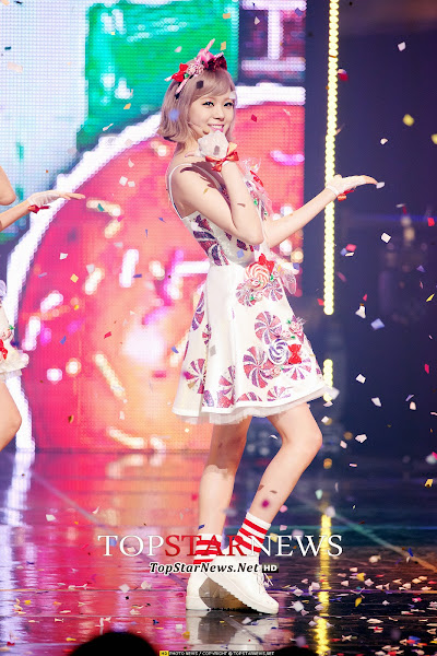 Orange Caramel Catallena Live Lizzy