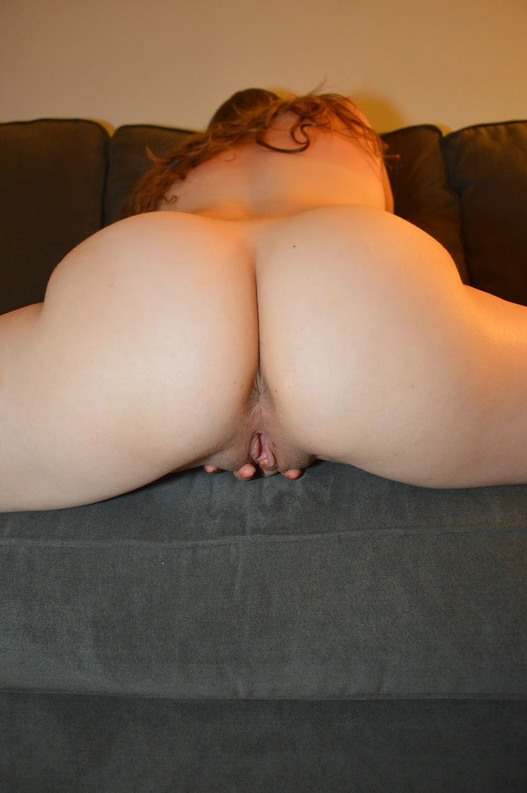 Fingering big ass
