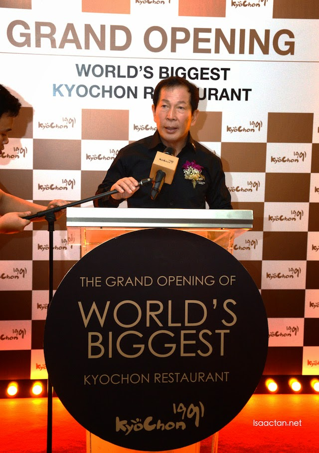 Welcome speech by Mr Kwon Won-Kang, chairman of KyoChon Korea
