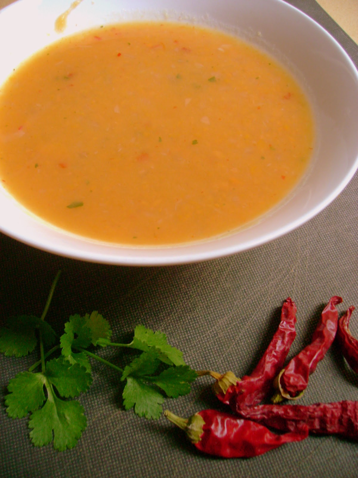 how to make sweet potato and chilli soup