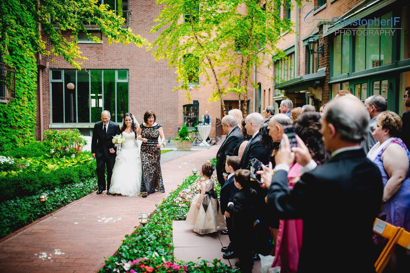 Chicago Wedding at the Ivy Room Photo