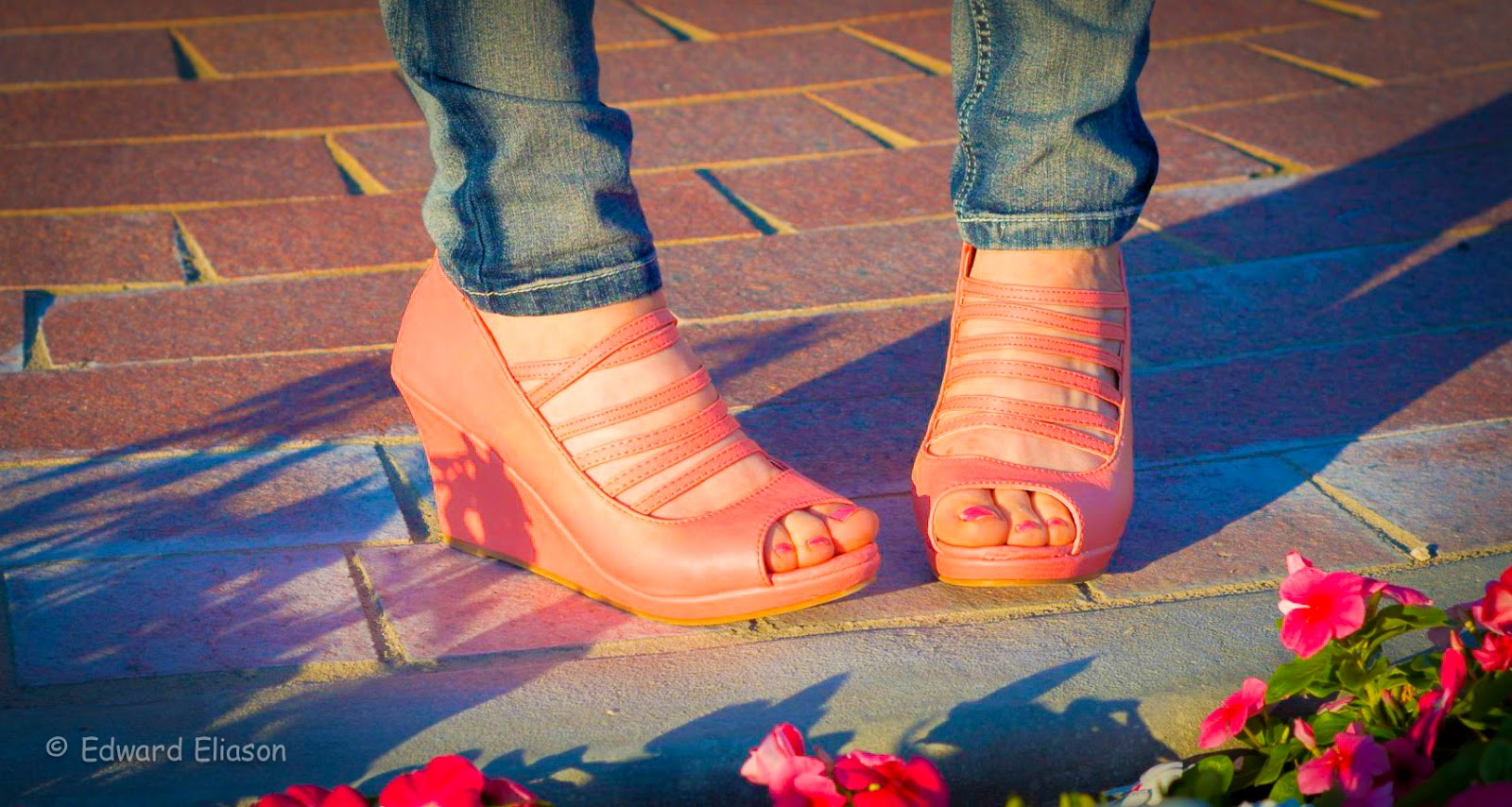 ami clubwear, ami clubwear heels, heels, wedges, pink wedges, pink wedges outfit, strappy wedges, pink straps on wedges, jeans and wedges,