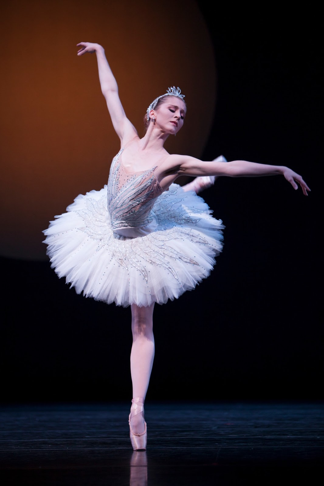 A Classic Lives On With Pnb U2019s Swan Lake  U2013 Seattle Dances