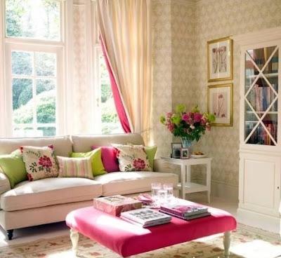 sala con acento rosa