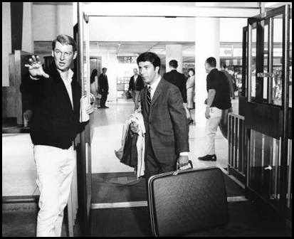 Mike Nichols dirige a Dustin Hoffman en El graduado (1967)
