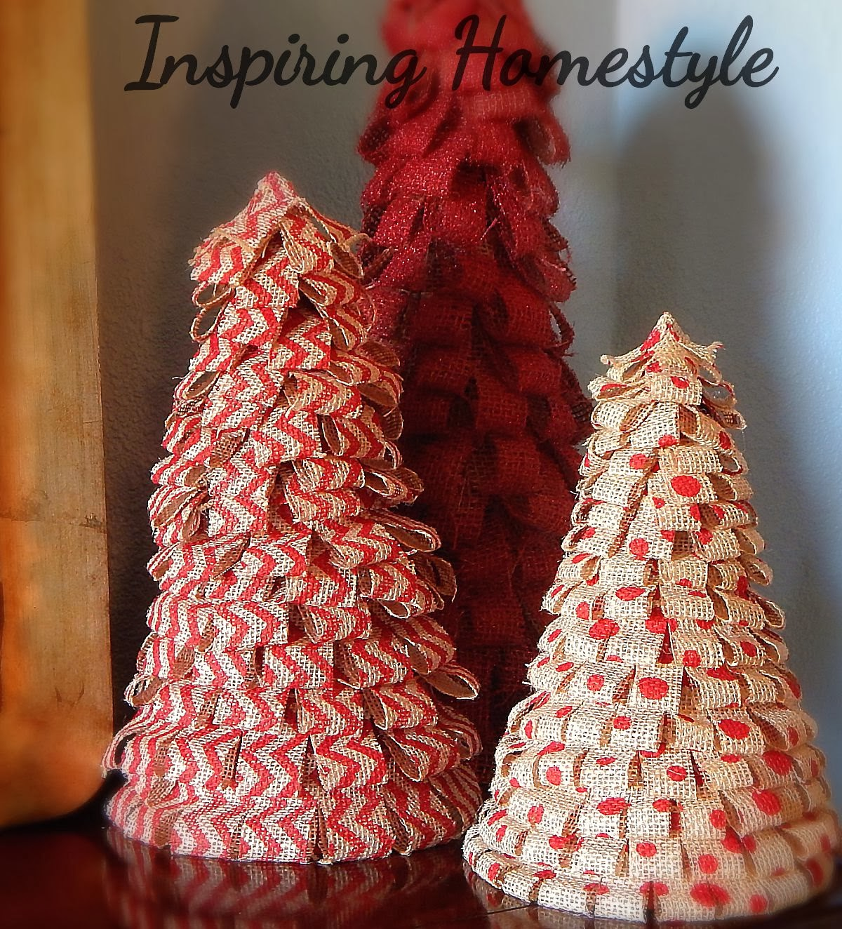 How to decorate christmas tree with burlap ribbon photograph for Burlap ribbon craft ideas