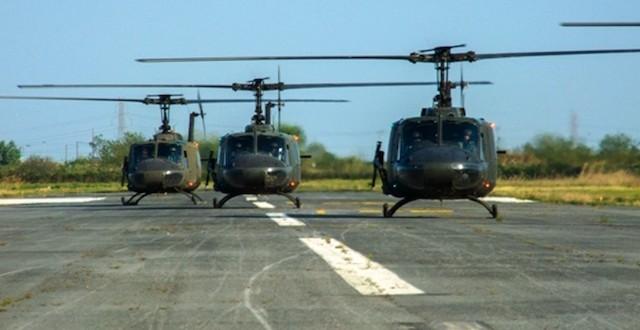 """Οι Τούρκοι με F 16 και τάνκερ στις Οινούσσες κι εμείς με 3 Χιούι """"κάνουμε πόλεμο""""!!!"""