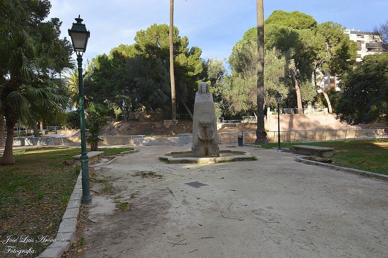 Valencia y su rea metropolitana valencia for Jardines del real valencia