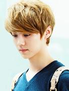 Luhan. dia juga personil dari boyband EXO. mukanya imut bgt ya padahal dia . (luhan)