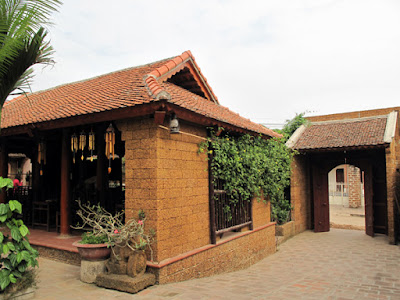 Duong Lam - the first ancient Vietnamese village