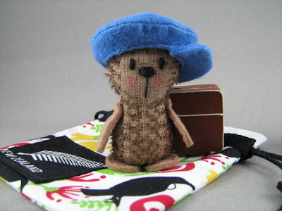 mohair bear, teddy bear, travelling bear, felt hat