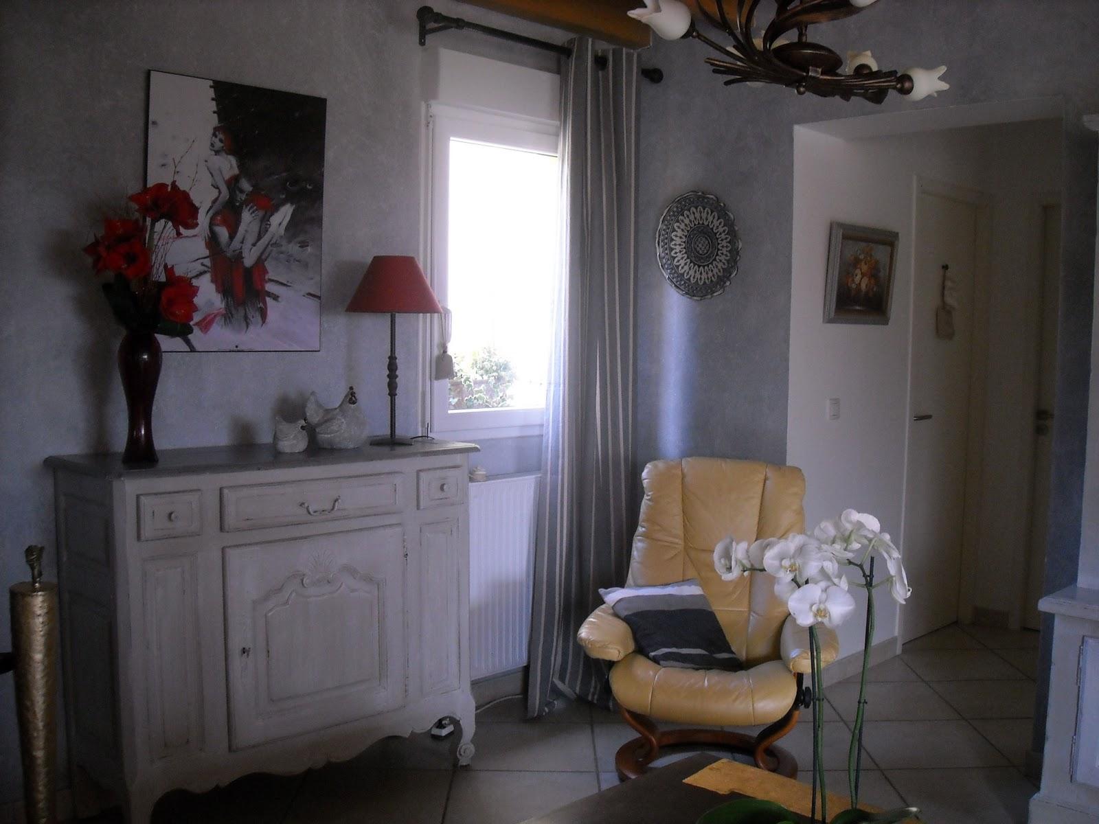 l 39 atelier des f es relooking meuble avant apr s. Black Bedroom Furniture Sets. Home Design Ideas
