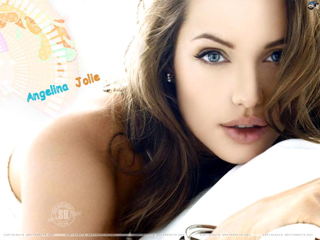 http://2.bp.blogspot.com/-XVkFj3E6zIo/Tdo0AqgMJAI/AAAAAAAACwo/mC_Lo3UOB6E/s1600/Angelina-Jolie-4.jpg