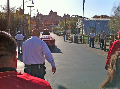 Cars Land Carsland DCA morning march Mater Lightning tips