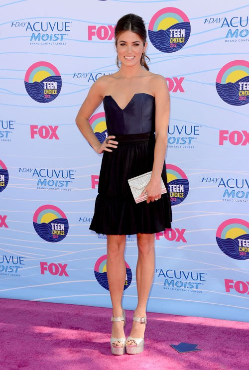 Nikki Reed's Radiant 2012 Teen Choice Awards Arrival » Gossip | Nikki Reed