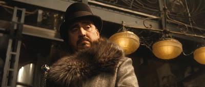 Alfred Molina als Maxim Horvath