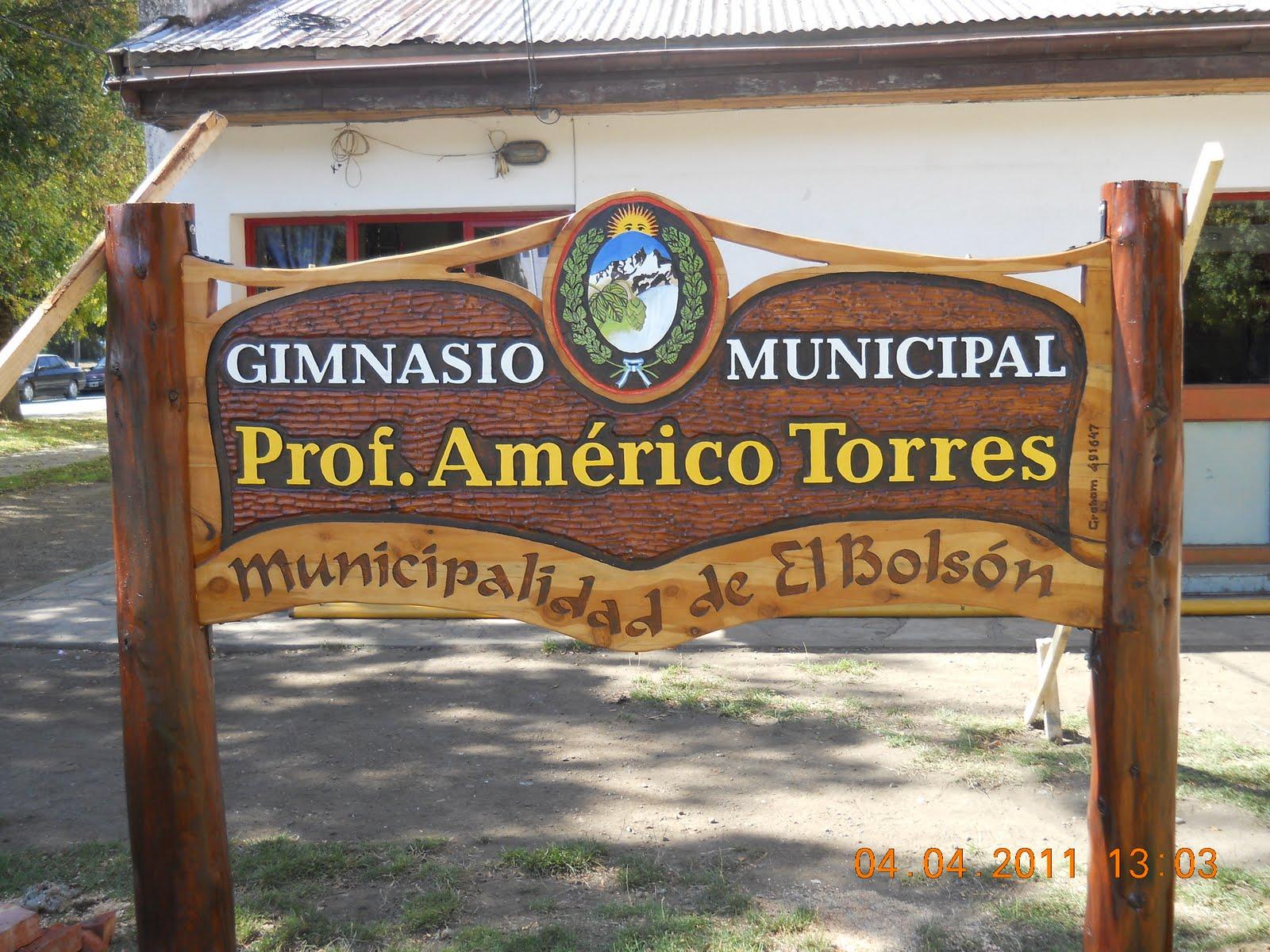 Cultura el bols n se impondr el nombre de profesor for Gimnasio 4 torres