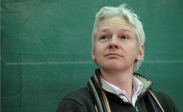الكمبيوتر بالسجن,بوابة 2013 julian-assange-20121