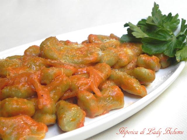 hiperica_lady_boheme_blog_di_cucina_ricette_gustose_facili_veloci_gnocchi_di_patate_e_piselli_2