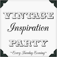 http://mysalvagedtreasures.blogspot.fr/2015/04/vintage-inspiration-party-184.html