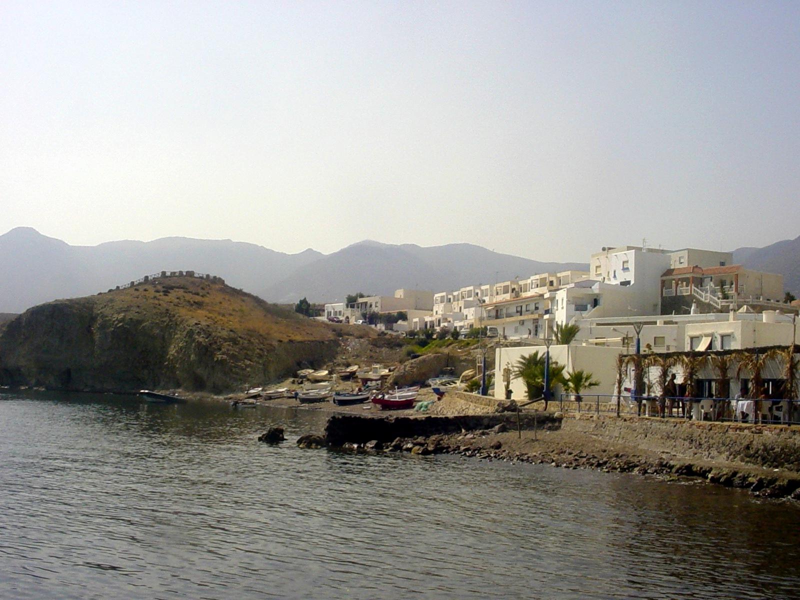 Postcards from spain cabo de gata la isleta del moro for Cabo de gata spain