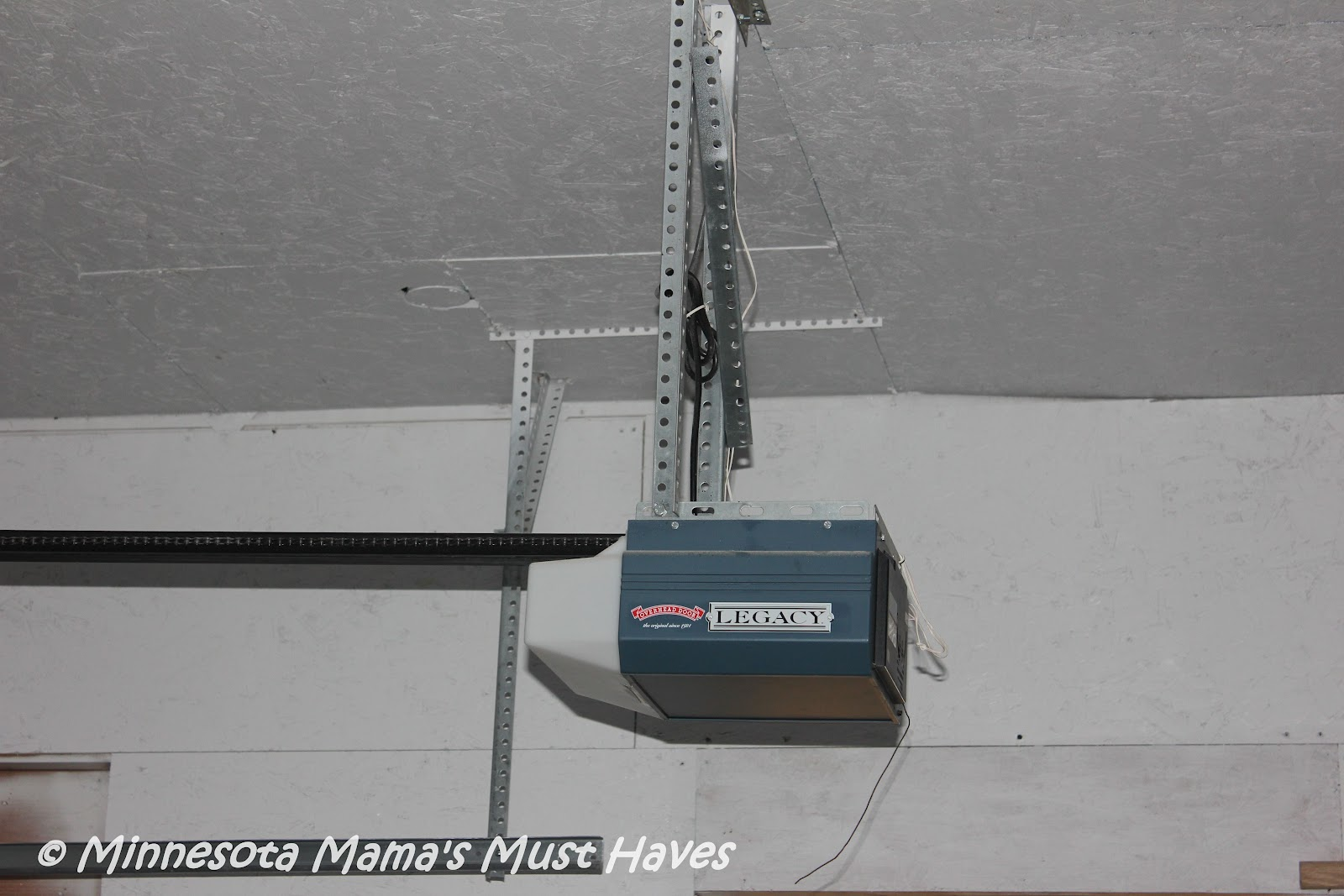 Liftmaster Elite Series Dc Battery Backup Belt Drive Garage Door