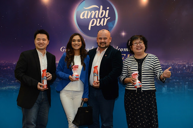 L-R: Martin Soong, P&G Brand Operations Manager for Malaysia & Singapore, Dr. Jezamine Lim, Harith Iskander, and Ms Joon Wong President of the Malaysian