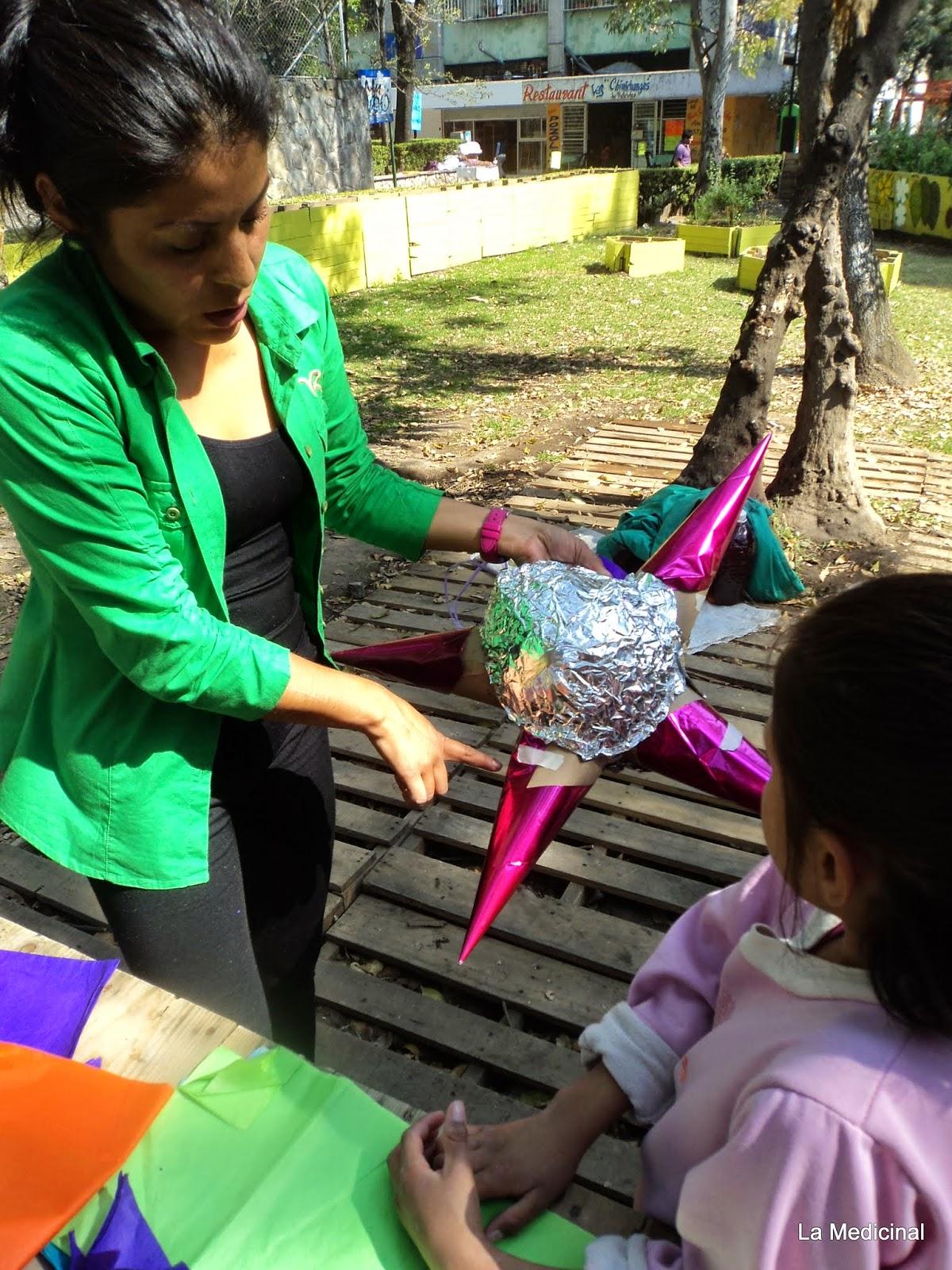 Taller de elaboración de piñatas | La Medicinal