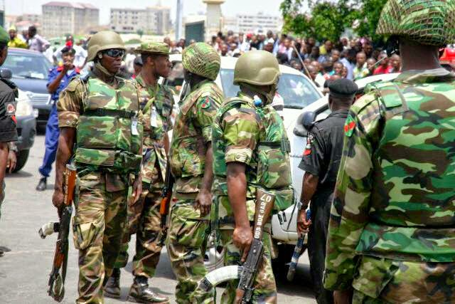 french tourist killed robbers nigeria