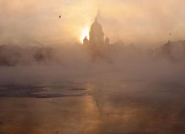 http://2.bp.blogspot.com/-XWh0LxxhbvY/UojCpfQg6zI/AAAAAAAAXQM/yWRiG7FYas8/s640/Eduard-Gordeev13.jpg