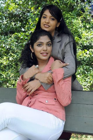 hot Rima Kallingal south telgu actress