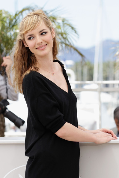 bourg black personals The above adult personal ads show a partial match if you are searching for sexy dating and wanting to hookup in bourg or for a more detailed sex search, register today are you trying to.