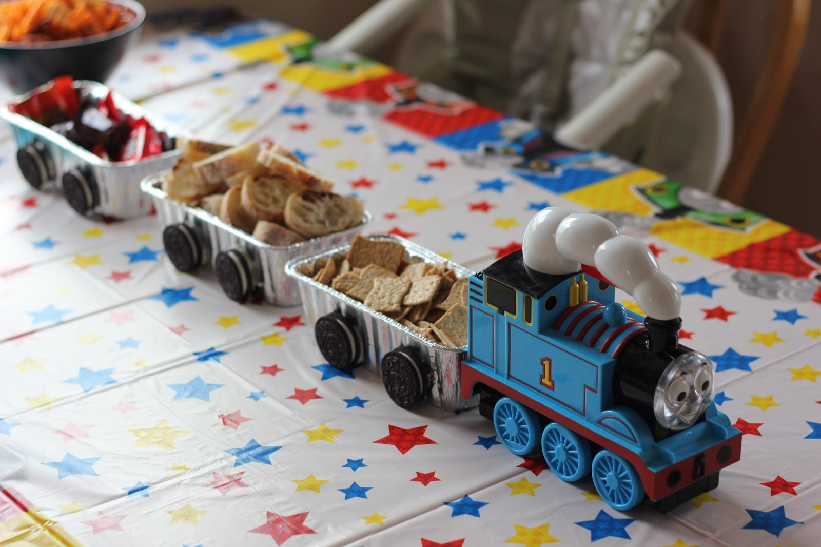number 1 viking fan a thomas the train birthday party. Black Bedroom Furniture Sets. Home Design Ideas