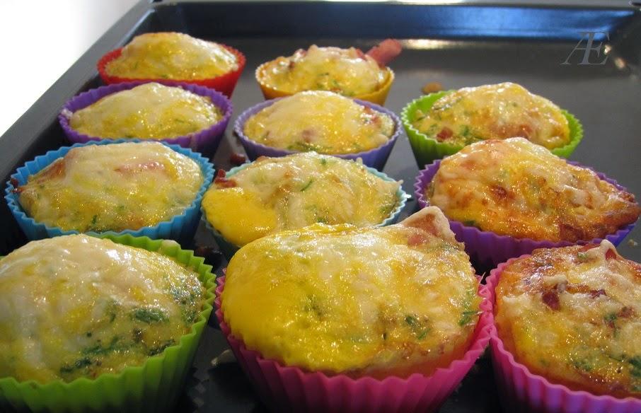 Æggeskåle, æg, baon, tomat, silikoneforme, muffin, ost, brunch, frokost, morgenmad, opskrift lækkert