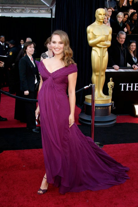 Natalie Portman's pregnant style in Rodarte at the 2011 Academy Awards