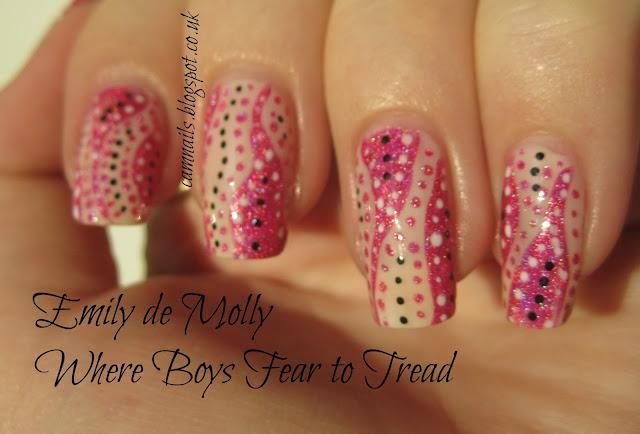 dots-emily-de-molly-pink-manicure-art-deco-holographic
