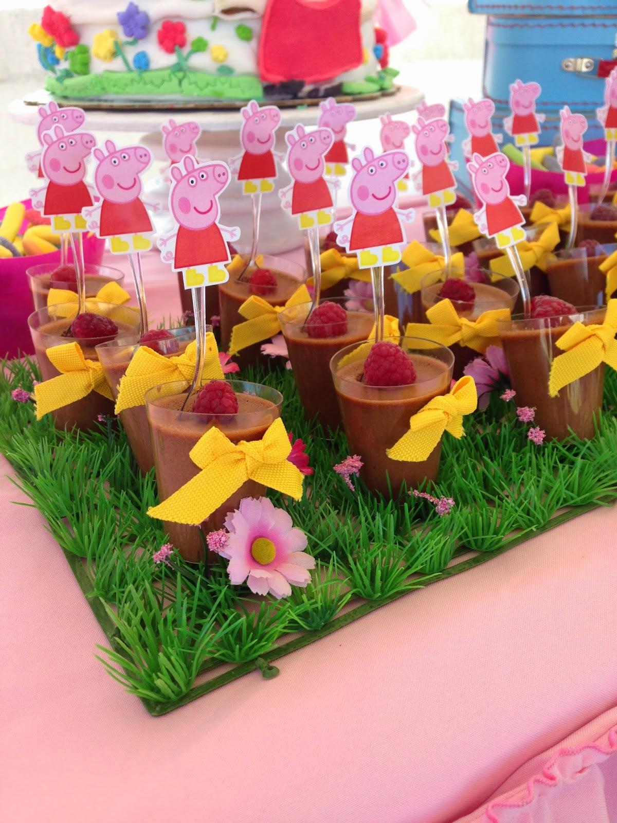 Ideas etc mesa de dulces peppa pig for Mesa de peppa pig