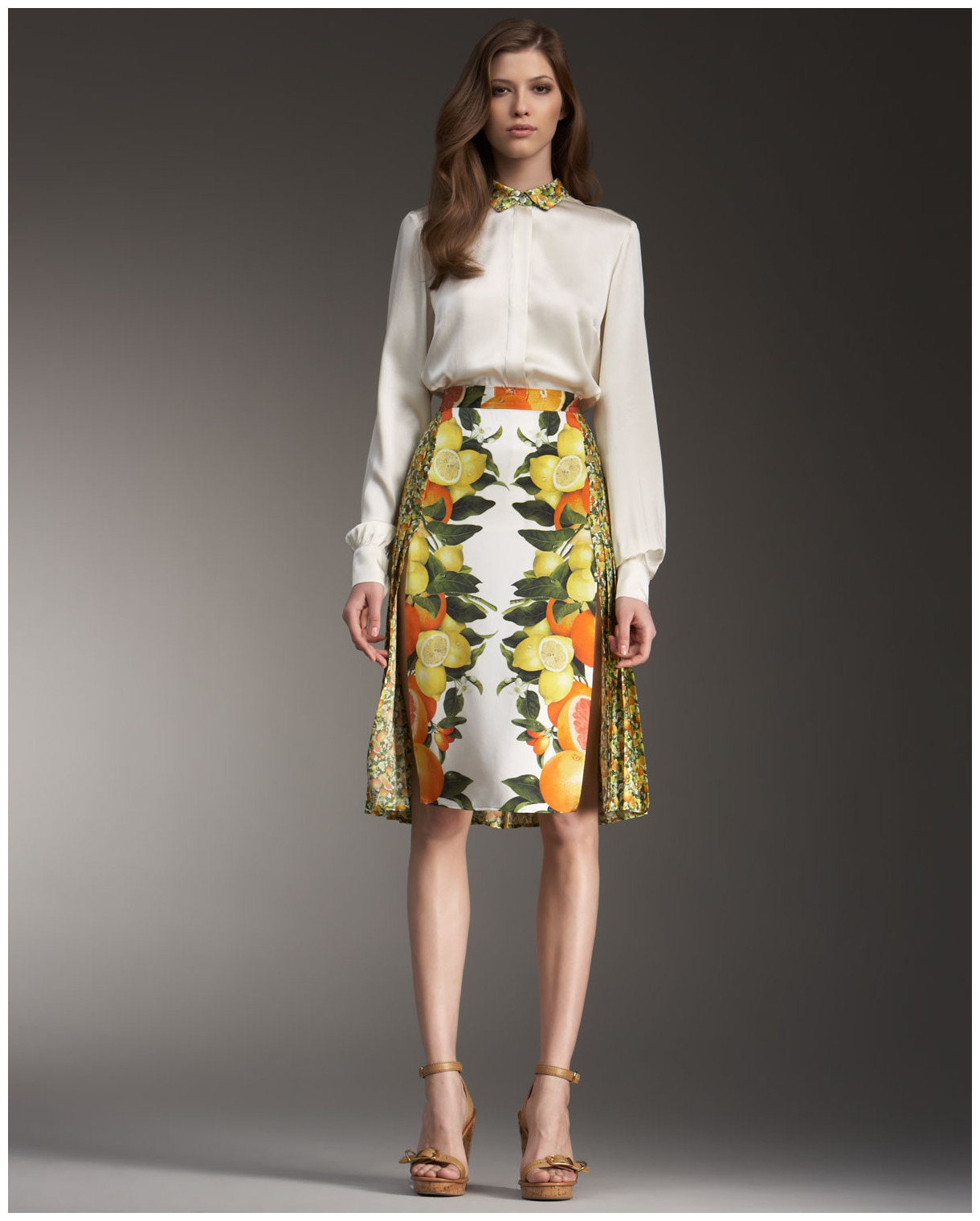 http://2.bp.blogspot.com/-XXRvWkza_gY/TWl-9_wfwiI/AAAAAAAADek/xdQh8IaJAgM/s1600/stella-mccartney-orange-mixed-print-skirt-product-1-220802-770731550_full.jpg