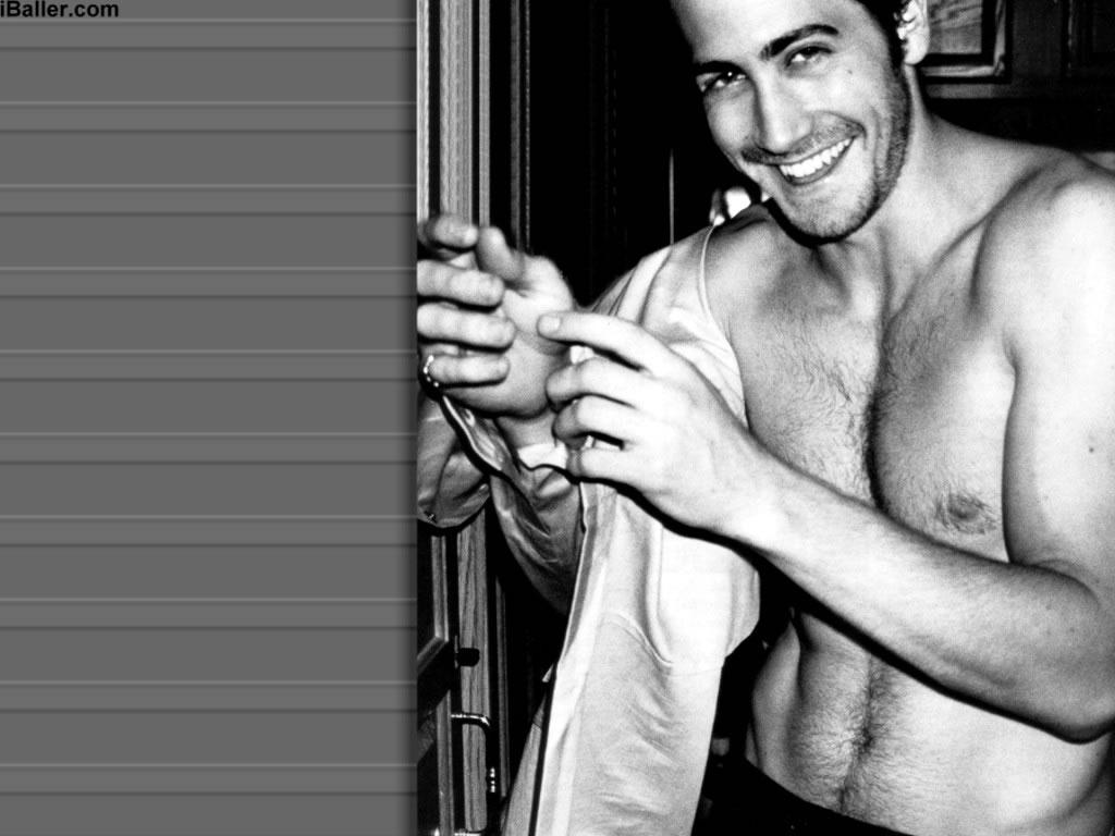 http://2.bp.blogspot.com/-XXdcDbJVmXs/TagBSfbK5vI/AAAAAAAAAFM/P3dDXRpRZAQ/s1600/136319-Jake-Gyllenhaal-Screen-Saver.jpg