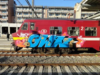 OWN CREW graffiti
