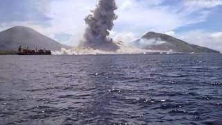 Phil managed to take fantastic footage of Papua New Guinea's Tavurvur Volcano Eruption, wait for the sonic boom! Thanks to Evelyn from the Kokopo Beach Bungalows for the boat ride. […]