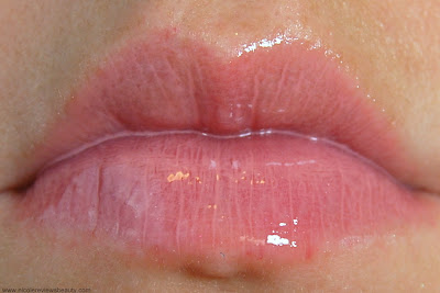 Buxom Time to Shine Big and Healthy Lip Cream in White Russian Lipgloss Set Review and Swatches