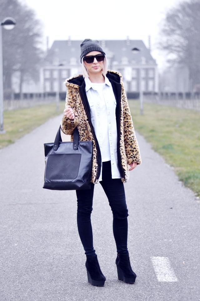 Faux fur, marc by marc jacobs bag, cheap monday, zara, monki , shirt, denim, monolit, chunky boots