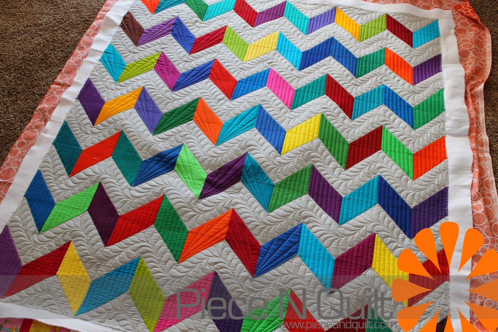 Zig Zag Love Quilt Pattern : So, I machine quilted some feathers, I love feathers, in the ...