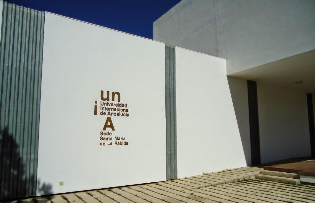 Imagen de la entrada de la sede en la Rábida de la Universidad Internacional de Andalucía