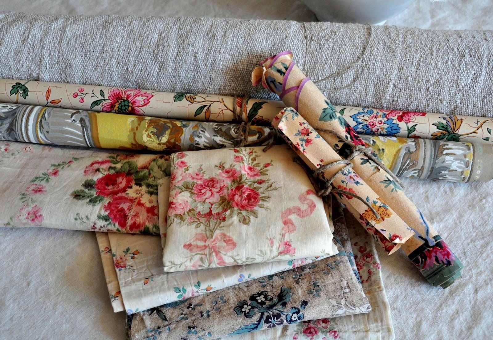 Papier peint à fleurs Au Fil des Couleurs - Papier Peint Ancien Fleurs