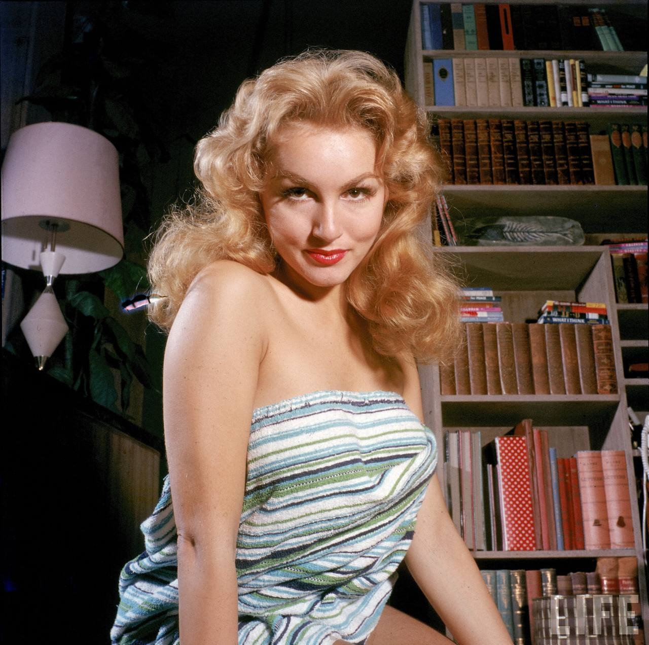 julie-newmar-1958-8.jpg